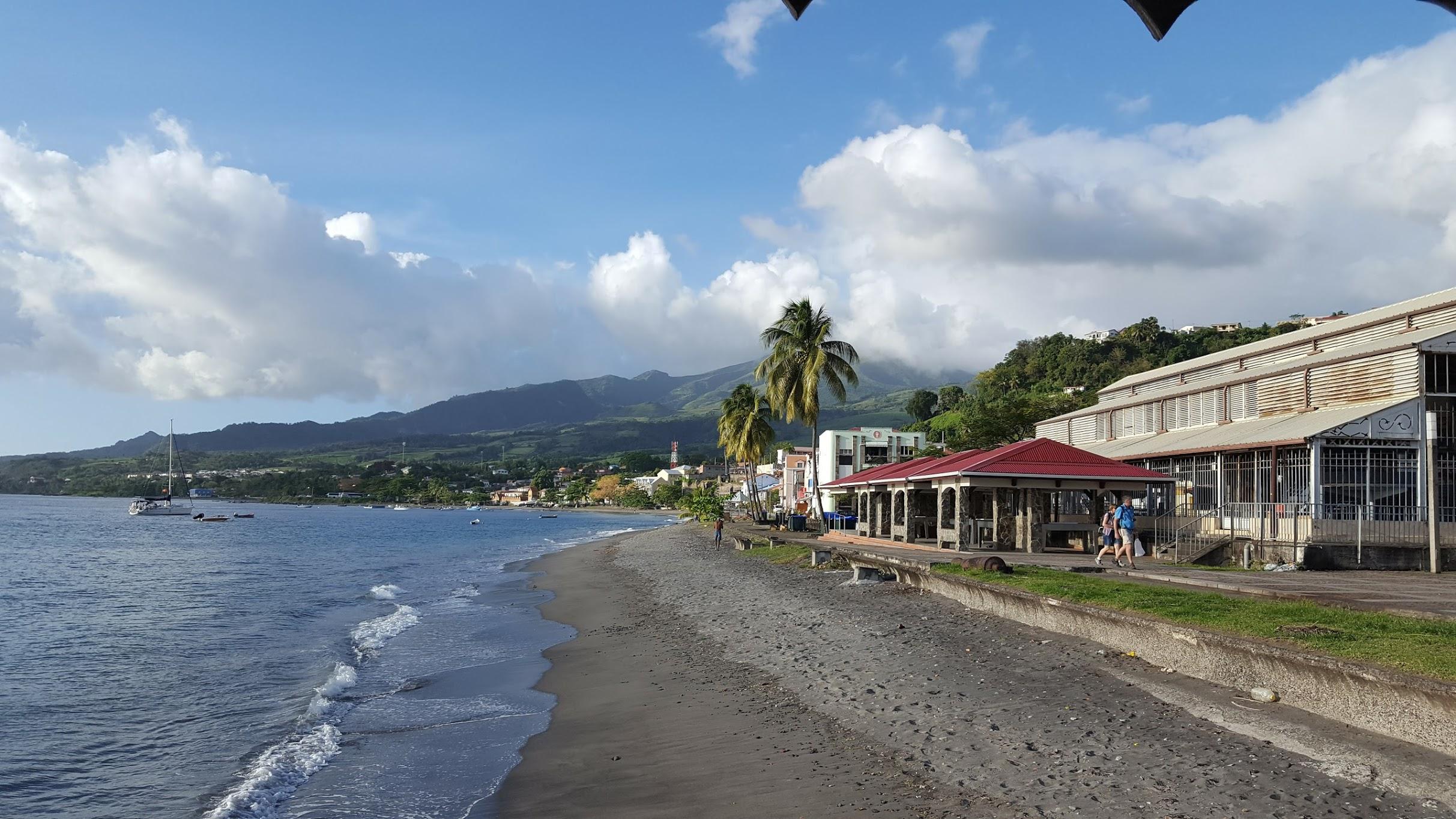 Plage du bourg de Saint-Pierre Martinique