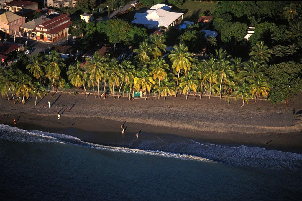Plage du carbet vue du ciel - Photo du Comité Martiniquais du Tourisme